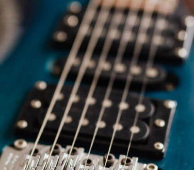 img_cat_guitar_strings